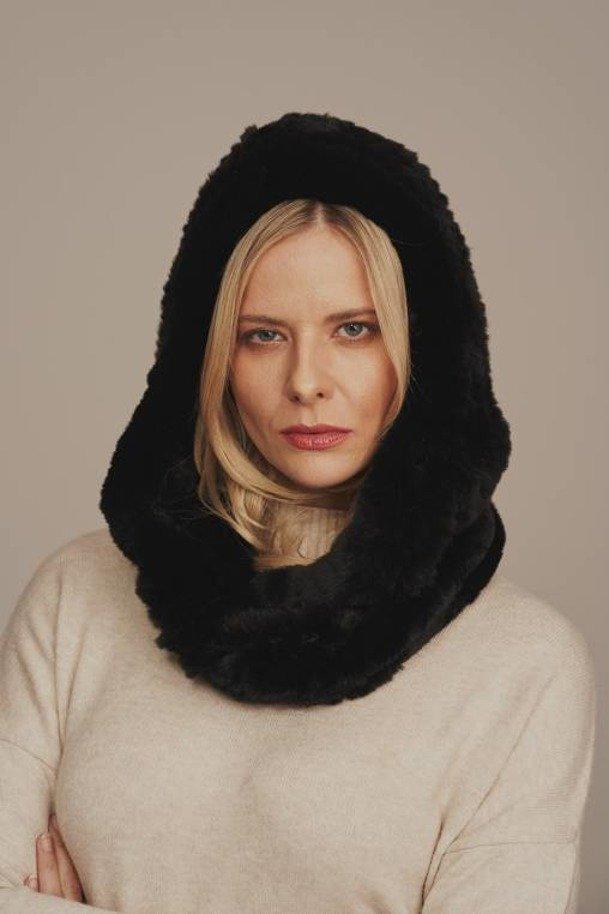 Dámská zimní kožešinová šála s kapucí