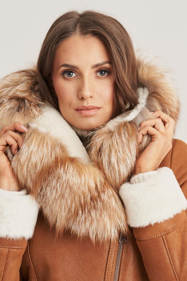 Krátký kožíšek s kapucí - Luxusní dámský kožich